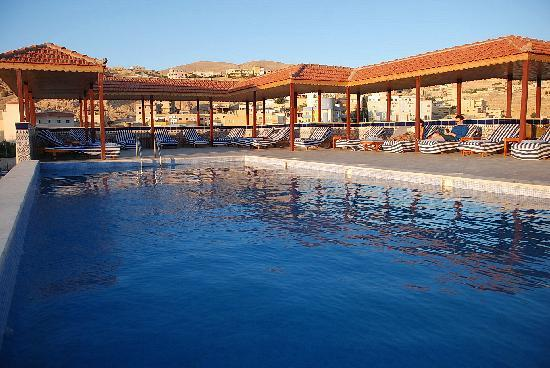 Petra Moon Hotel: Swimming POOL