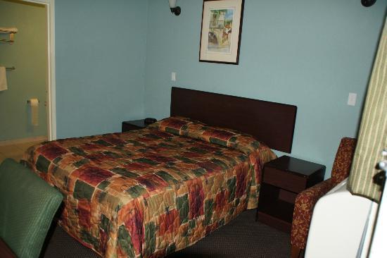 Americas Best Value Inn - Sacramento/Elk Grove: Bett