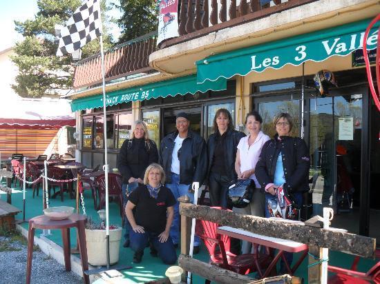 Resto 3 Vallees: Les Amazones d'Azur Moto Passion et Marie