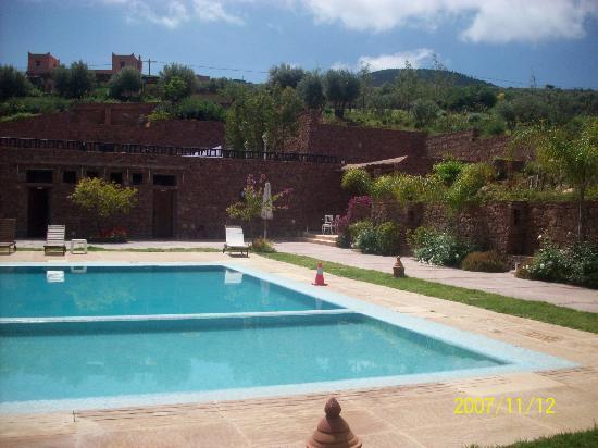 Kasbah Agounsane : pool area