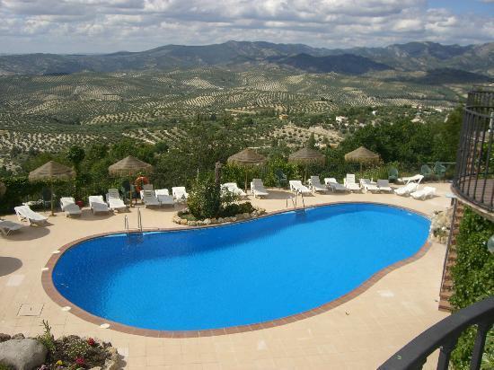 Hotel & Spa Sierra de Cazorla: Zona piscina y tomarse una cerveza.