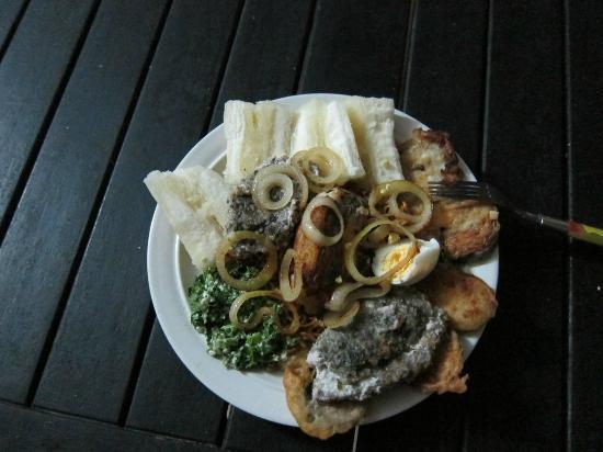 Lavena Lodge: delicious dishes