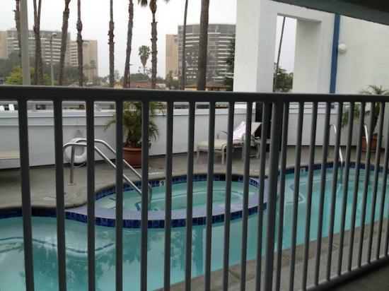 The Kinney: Pool