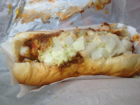 Yarborough's Homemade Ice CRM: Slaw Dog with very coarsely chopped slaw.
