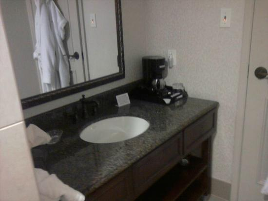 Liberty Hotel, an Ascend Collection hotel: bathroom in room