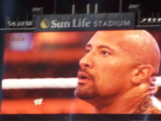Sun Life Stadium: W28 - FINALLY... THE ROCK has come to MIAMI