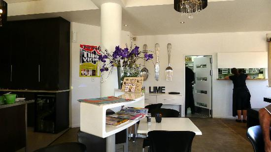 Lime Caffeteria: Indoor area of Lime Cafe