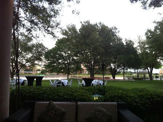 Trevi's: View outside the restaurant