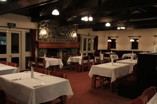 Turangi Bridge Motel: Dining area at Bridge Restaurant