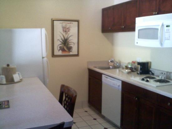 Hampton Inn and Suites Tucson-Mall: Our suite