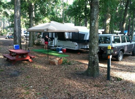 Jekyll Island Campground: Camp Site H2