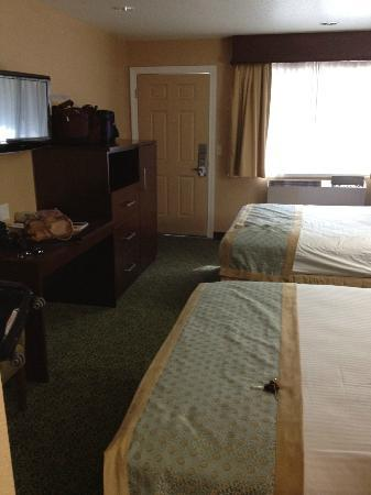 BEST WESTERN PLUS Yosemite Way Station Motel: Room #325