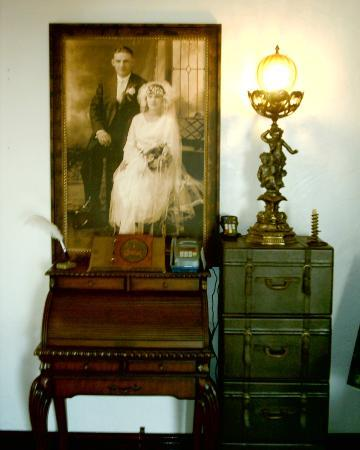 The Old Parsonage Bed & Breakfast : MAIN FOYER