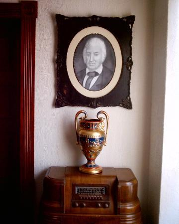The Old Parsonage Bed & Breakfast : PORTRAIT OF OUR FOUNDER