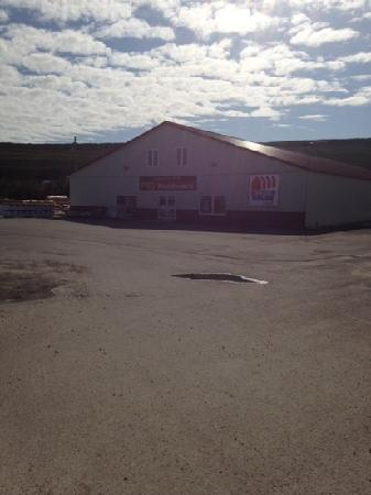 Forteau, Canada: Home hardware shop
