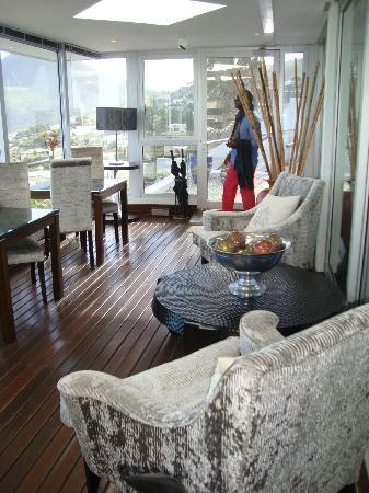 Atlanticview Cape Town Boutique Hotel: The walkway