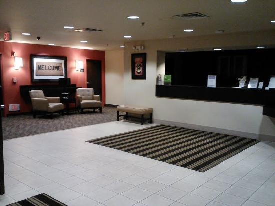 Extended Stay America - Los Angeles - Ontario Airport: Lobby Entrance