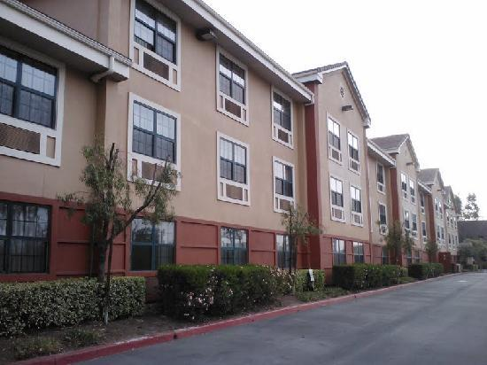 Extended Stay America - Los Angeles - Ontario Airport: Freeway side