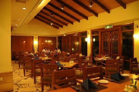 Langkawi Lagoon Resort: Anjung Brasserie - Coffee House