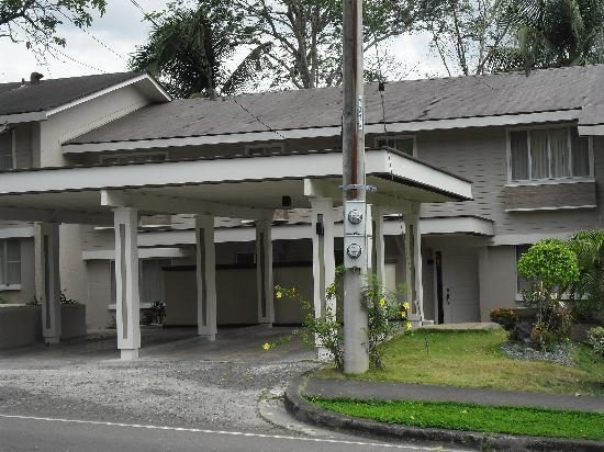 Vacation Villas at Subic Homes: Newly renovated houses