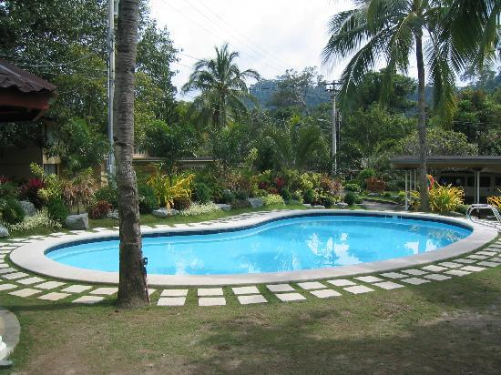 Vacation villas at subic homes updated 2017 villa reviews price comparison subic bay for Subic resorts with swimming pool