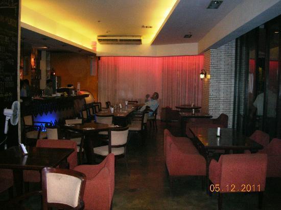 Bistro Ecila: dining area