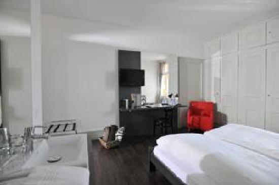 Hotel Emmental: zimmer