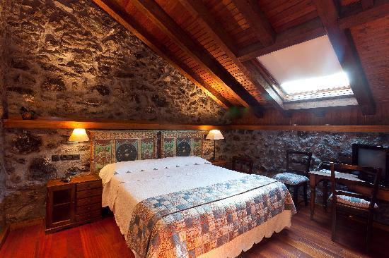 Hotel Antsotegi: Habitación Kalamua