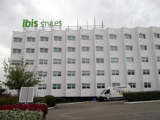 la nouvelle chambre picture of ibis styles lyon sud. Black Bedroom Furniture Sets. Home Design Ideas