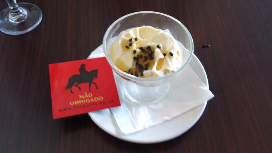 Tropeiro Chester: Passion fruit mousse and No thank you card