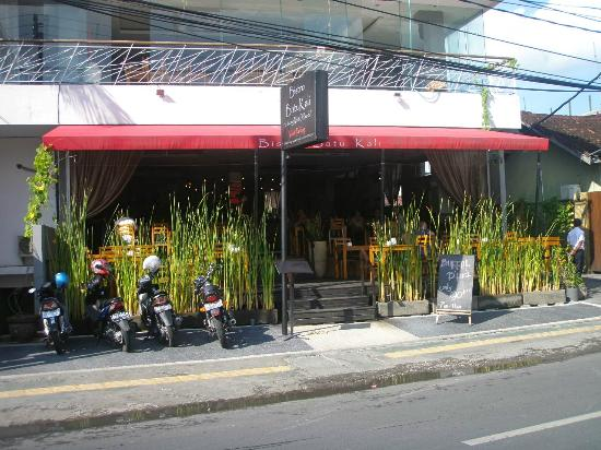 Amadea Resort & Villas: Out front