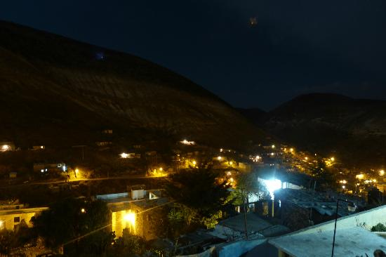 Refugio Romano: Night View of Real de Catorce