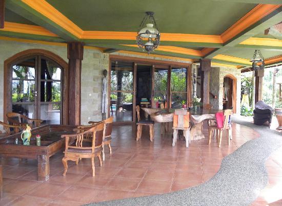 Saudara Home: Terrasse principale
