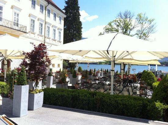 Schloss Brennerei: aussen