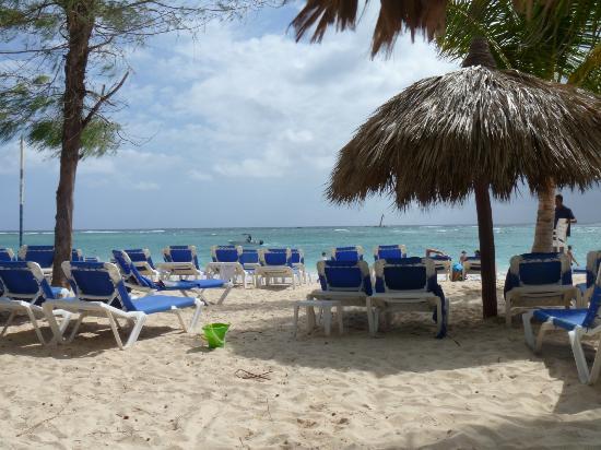 Luxury Bahia Principe Esmeralda Don Pablo Collection : Beach for all Bahia guests @Esmeralda