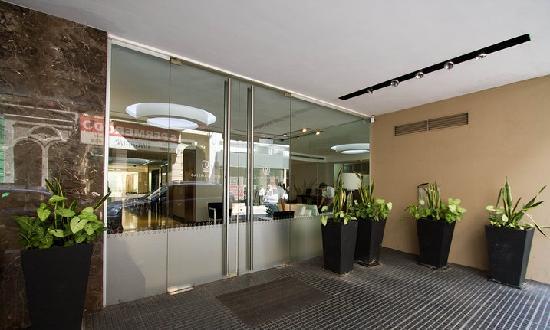 Galerias Hotel: Entrada