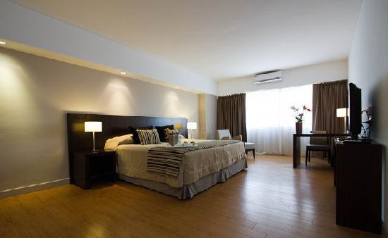Galerias Hotel: Habitacion