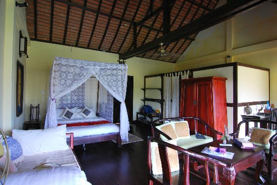 Zen Namkhan Boutique Resort: Our room