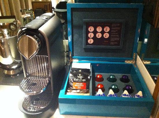 Corinthia Hotel London: Plenty of Nespresso