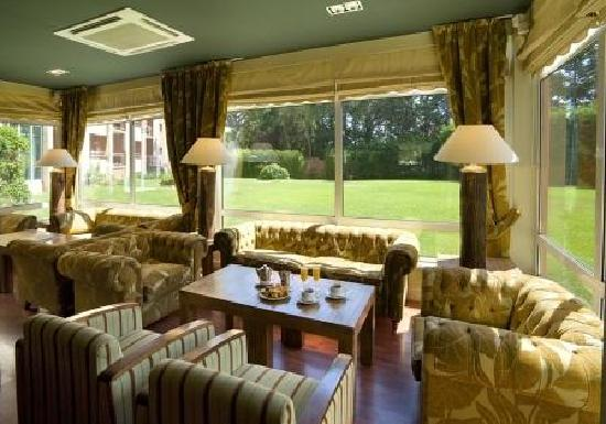 Falésia Hotel: Lounge