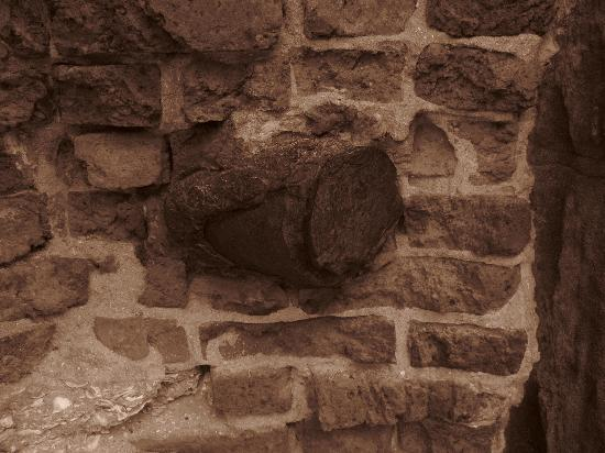 Charleston SC Tours: Artillary shell imbedded in brick at Fort Sumter