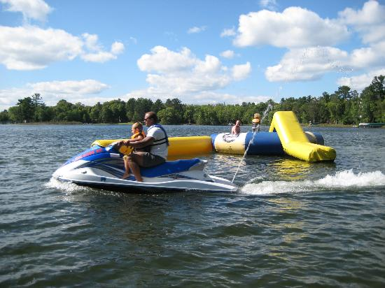 Blackwater Lodge: Jet skis and water tramp