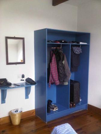 An Capall Dubh: wardrobe & handy shelf