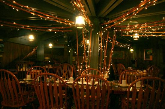 Tail O' The Whale Restaurant: Lights and lanterns adorn the interior