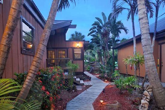 Kona Kai Motel: Enter Paradise
