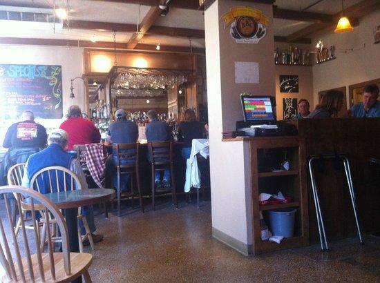 Flat Street Bar & Restaurant: Bar area