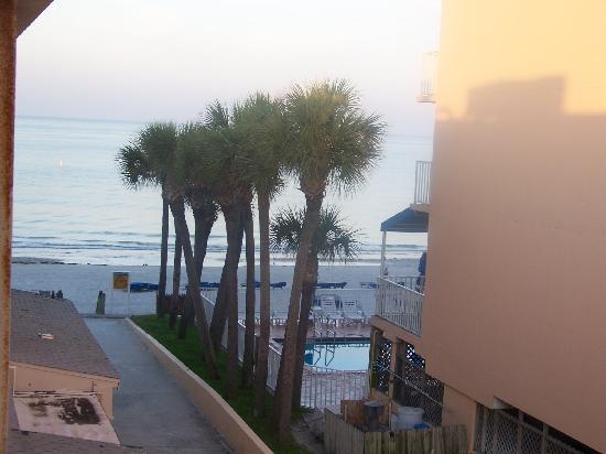 Sandalwood Beach Resort: partial view