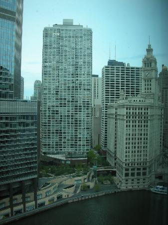Wyndham Grand Chicago Riverfront: Again, beautiful view from the hotel room window