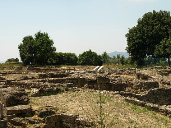 Parco Archeologico: buitenaanzicht opgraving