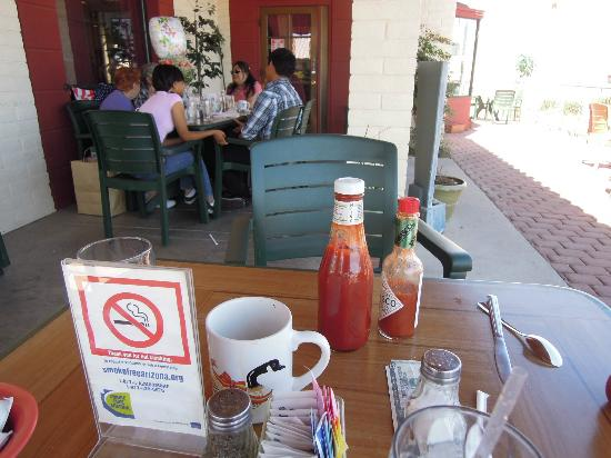 Landmark Cafe: Non-Smoking Outdoor Seating